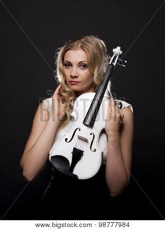 Beautiful Violinist