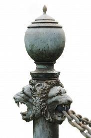 image of lions-head  - bronze lion - JPG