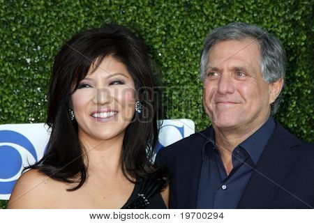 LOS ANGELES - JUL 28:  Julie Chen & Les Moonves arrive at the 2010 CBS, The CW, Showtime Summer Press Tour Party  at The Tent Adjacent to Beverly Hilton Hotel on July28, 2010 in Beverly Hills, CA ...
