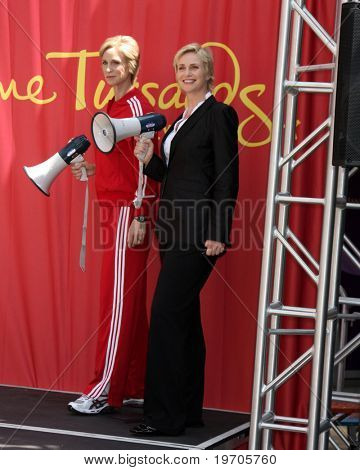 LOS ANGELES - AUGUST 4: Jane Lynch at the Ceremony for Jane Lynch after being Immortalized in wax at Madame Tussauds - Hollywood on August 4, 2010 in Los Angeles