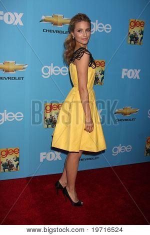 LOS ANGELES - 7 SEP: Dianna Argon llega a GLEE Premiere Screening & parte - temporada 2 en párr