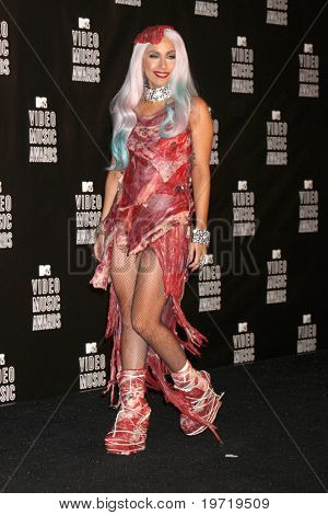 LOS ANGELES - 12 SEP: Lady Gaga llega en el 2010 MTV Video Music Awards en el Nokia - LA Live en S