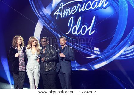 LOS ANGELES - SEP 22:  Stephen Tyler, Jennifer Lopez, Randy Jackson, Ryan Seacrest at the American Idol Season 10 Judges Announcement at Forum on September 22, 2010 in Ingelwood, CA