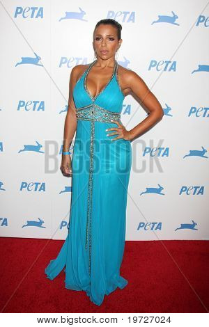 LOS ANGELES - SEP 25:  Vida Guerra arrives at the PETA 30th Anniversary Gala at Hollywood Palladium on September 25, 2010 in Los Angeles, CA