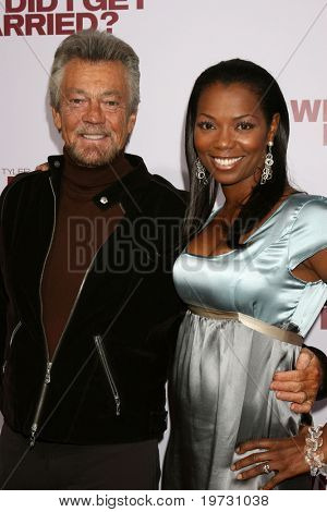 "LOS ANGELES - OCT 4:  Stephen J. Cannell & Vanessa Williams arrive at the ""Why Did I Get Married?""  LA Premiere  at  Cinerama Dome at the ArcLight Theaters  on October 4, 2007 in Los Angeles, CA"
