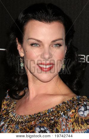 LOS ANGELES - NOV 2:  Debi Mazar arrives at the Decades Denim Fashion Show at Private Home on November 2, 2010 in Beverly HIlls, CA