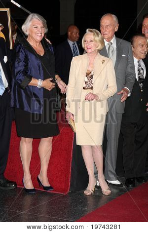 LOS ANGELES - NOV 3:  Tyne Daly, Tippi Hedren  at the Hollywood Walk of Fame 50th Anniversary Celebration at Hollywood & Highland on November 3, 2010 in Los Angeles, CA