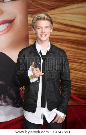 LOS ANGELES - NOV 14:  Kenton Duty arrives at the