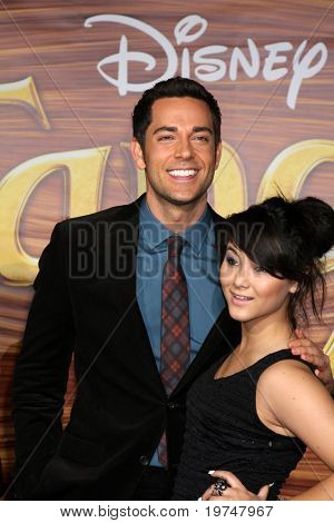 "LOS ANGELES - NOV 14:  Zachary Levi & Fivel Stewart arrives at the ""Tangled"" World Premiere at El Capitan Theater on November 14, 2010 in Los Angeles, CA"