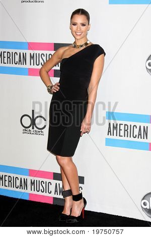 LOS ANGELES - NOV 21:  Jessica Alba in the Press Room of the 2010 American Music Awards at Nokia Theater on November 21, 2010 in Los Angeles, CA