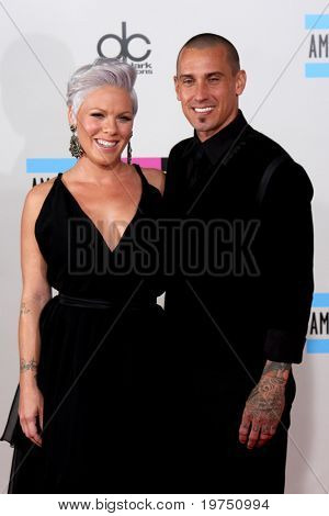 LOS ANGELES - NOV 21:  Pink & Corey Hart arrives at the 2010 American Music Awards at Nokia Theater on November 21, 2010 in Los Angeles, CA