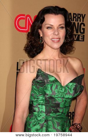 LOS ANGELES - DEC 16:  Debi Mazar arrives at CNN's 'Larry King Live' final broadcast party at Spago on December 16, 2010 in Beverly HIlls, CA.