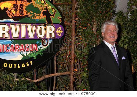 """LOS ANGELES - 19 de dezembro: Jimmy Johnson na """"Survivor: Nicarágua"""" Finale, na cidade de televisão CBS em D"""