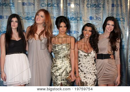 LOS ANGELES - JAN 5: Kylie Jenner, Khloe Kardashian, Kim Kardashian, Kourtney Kardashian, & Kendall Jenner arrive at 2011 People's Choice Awards at Nokia Theater on January 5, 2011 in Los Angeles, CA