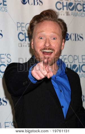 LOS ANGELES - JAN 5:  Conan O'Brien arrives at 2011 People's Choice Awards at Nokia Theater at LA Live on January 5, 2011 in Los Angeles, CA