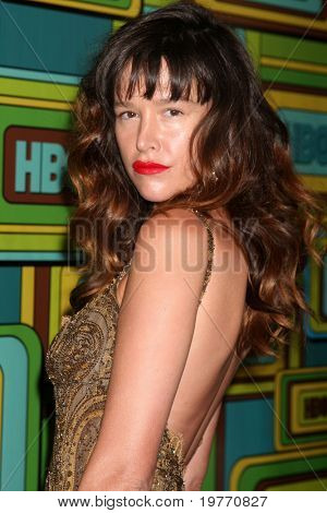 BEVERLY HILLS - JAN 16: Paz de la Huerta arrives at the HBO Golden Globe Party 2011 at Circa 55 at the Beverly Hilton Hotel on January 16, 2011 in Beverly Hills, CA
