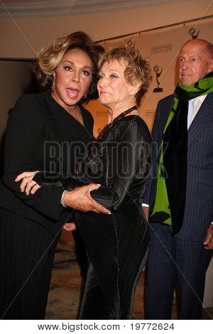 LOS ANGELES - JAN 20:  Diahann Carroll; Cloris Leachman arrives at the ATASHall of Fame Committe's 20th Annual Induction Gala at Beverly HIlls Hotel on January 20, 2011 in Beverly Hills, CA