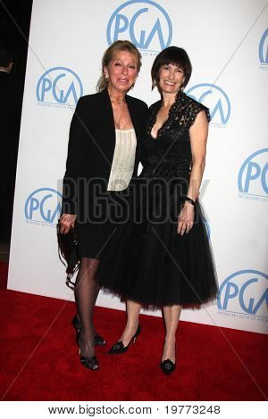 BEVERLY HILLS - JAN 22:  Dani Janssen, Gale Anne Hurd arrives at the 22nd Annual Producers Guild Awards at Beverly Hilton Hotel on January 22, 2011 in Beverly Hills, CA