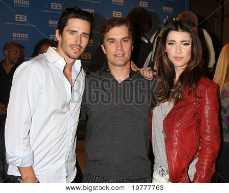 LOS ANGELES - FEB 7:  Brandon Beemer, Rick Hearst, Jacqueline MacInnes Wood at the 6000th Show Celebration at The Bold & The Beautiful at CBS Television City on February 7, 2011 in Los Angeles, CA