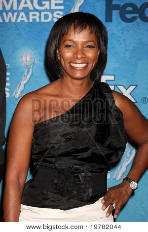 LOS ANGELES - FEB 12:  Vanessa Bell Calloway arrives at the 2011 NAACP Image Awards Nominee Reception at Beverly Hills Hotel on February 12, 2011 in Beverly Hills, CA