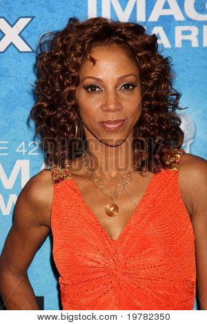 LOS ANGELES - FEB 12:  Holly Robinson Peete arrives at the 2011 NAACP Image Awards Nominee Reception at Beverly Hills Hotel on February 12, 2011 in Beverly Hills, CA