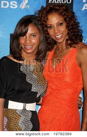 LOS ANGELES - FEB 12:  Ryan Elizabeth Peete, Holly Robinson Peete arrives at the 2011 NAACP Image Awards Nominee Reception at Beverly Hills Hotel on February 12, 2011 in Beverly Hills, CA