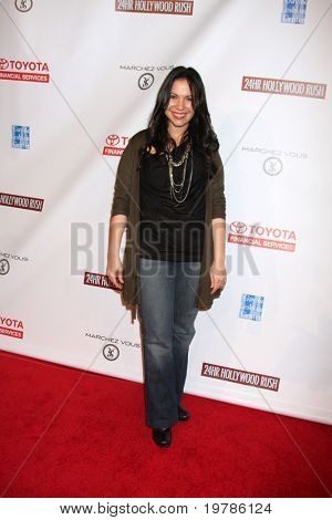 LOS ANGELES - FEB 20:  Gloria Calderon Kellett arrives at the 24 Hour Hollywood Rush at Ebell Theater on February 20, 2011 in Los Angeles, CA