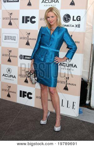 SANTA MONICA, CA - FEB 26:  Suzanne Sena as Brooke Alvarez arrives at the 2011 Film Independent Spirit Awards at the Beach on February 26, 2011 in Santa Monica, CA