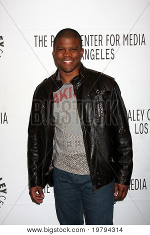 LOS ANGELES - MAR 7:  Sharif Atkins arriving at the