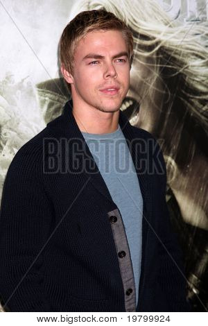 LOS ANGELES - MAR 23:  Derek Hough arrives at the