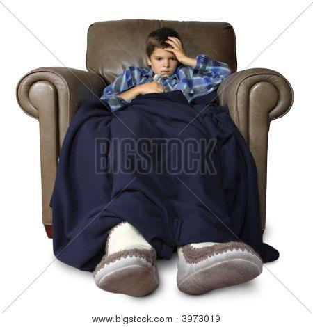 Enfermo en la silla grande