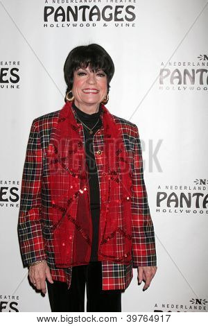 LOS ANGELES - DEC 4:  JoAnne Worley arrives to