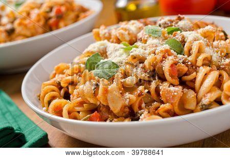 Rotini with tomato sauce