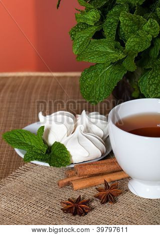 Mint herbal tea with cookies