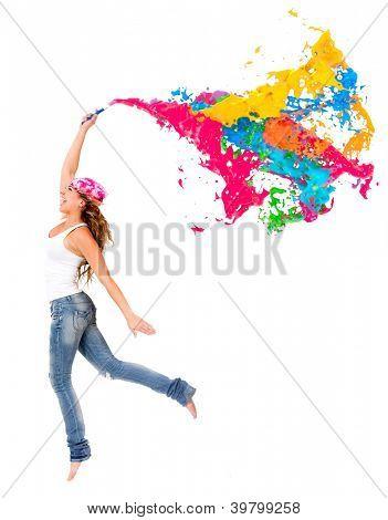 Glückliche Frau Maler mit einer bunten Farbe Splash - isoliert
