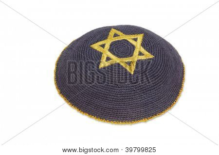 Knitted kippah with embroidered golde David star