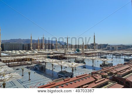 Nabawi Mosque in Medina at daylight
