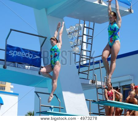Synchronized Diving Team