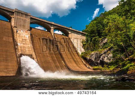Prettyboy Dam, Along The Gunpowder River In Baltimore County, Maryland.