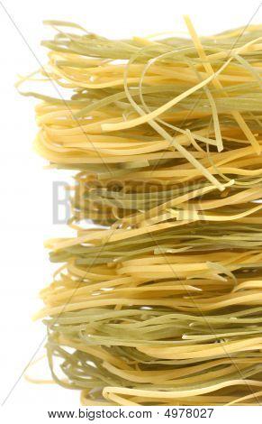 Macaroni_green_yellow