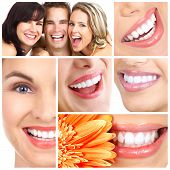 pic of smiling  - Man and woman smiles - JPG