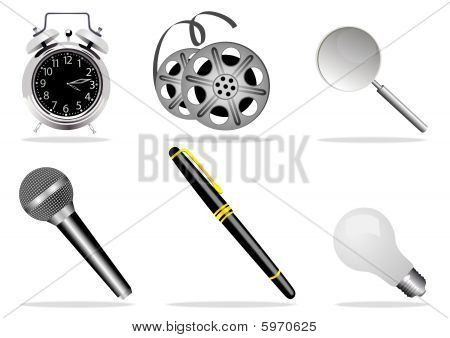 illustration of high detailed isolated web icons