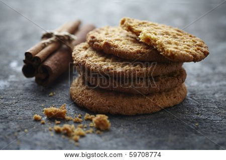 fresh cinnamon snaps