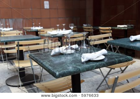 Restaurant Tables Outdoors