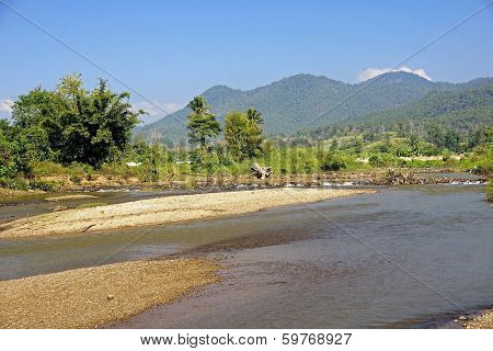 View Of The River In The Town Of Pai