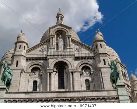 Sacre Coeur Basilica, looking up.