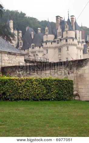 Chateau De La Belle Au Bois Dormant