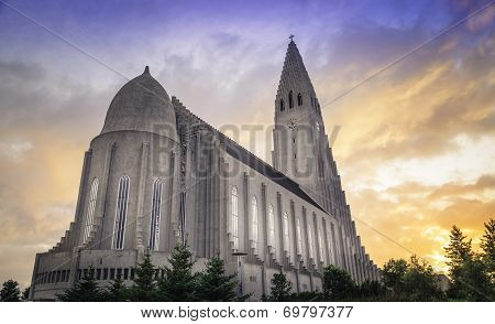 Hallgrímskirkja In The Midnight Sun