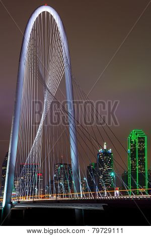 Dallas_bridge_portrait
