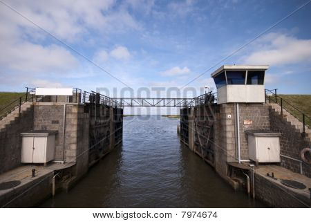 Sluice Gate Open